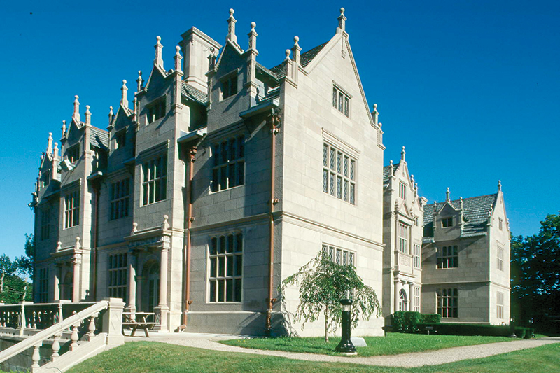 construction project management at Wakehurst, Salve Regina University